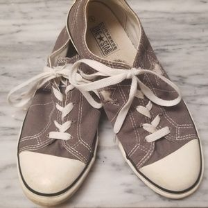 Converse Unisex One Star Shoes Size 5